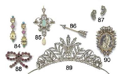 An antique paste tiara,
