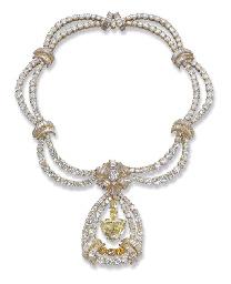 AN IMPRESSIVE YELLOW DIAMOND A
