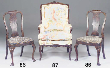 A FRENCH ROSEWOOD BERGERE