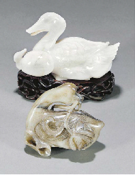 A white quartz model of a duck