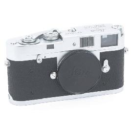 Leica M2 no. 960297
