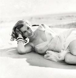 Anika Ekberg, 1955-1961