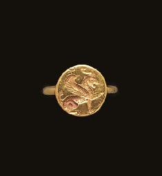 A GRAECO-PERSIAN GOLD FINGER R