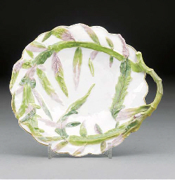 A Chelsea lobed circular dish