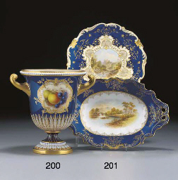 A Royal Worcester urn-shaped d