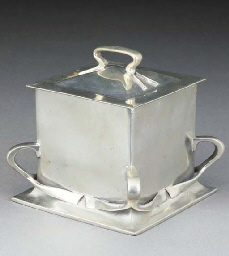 A Tudric Pewter Biscuit Barrel
