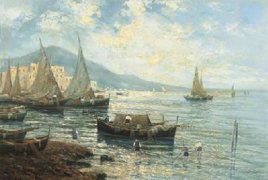 Veduta costiera con barche e p