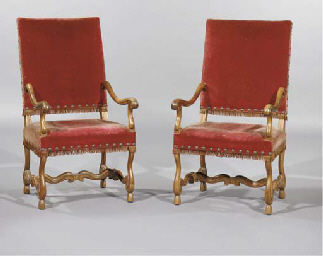 (2) A pair of walnut fauteuils