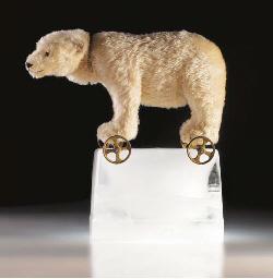 A fine Steiff Polar Bear on wh
