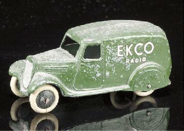 A pre-war Dinky 2nd type 280e