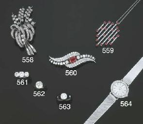 Orologio in oro e diamanti, Pi
