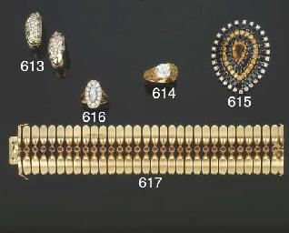 Spilla in oro con diamanti, za