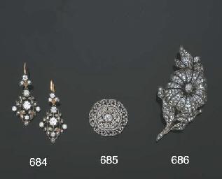 Spilla pendente in argento e o