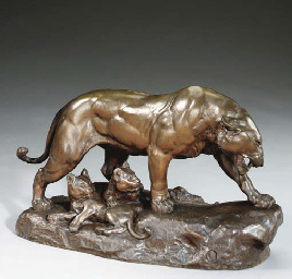 A LARGE FRENCH PATINATED BRONZ