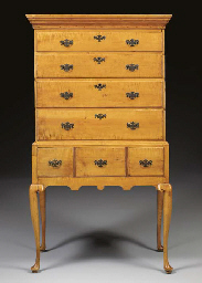 A QUEEN ANNE FIGURED MAPLE HIG
