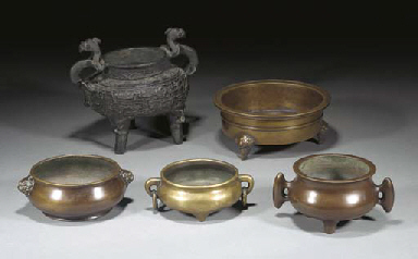 Five bronze Chinese censers, 1