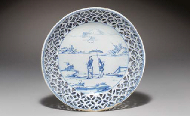 A DELFT CHINOISERIE BLUE & WHI