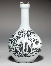 A LIVERPOOL DELFT BOTTLE OR GU