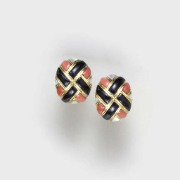 **A PAIR OF CORAL, ONYX, MOTHE
