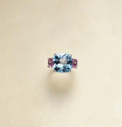 A MULTI-GEM AND PLATINUM RING,
