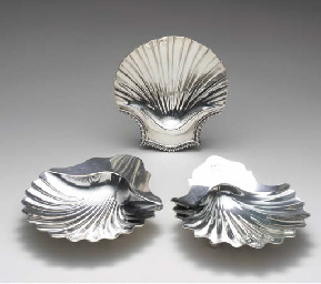 TWO ENGLISH SILVER SHELL DISHE