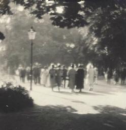 In the Stromovka Garden, 1923