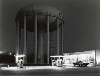 Petit's Mobil Station, 1974