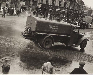 Watering Streets, 1929