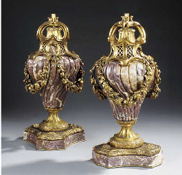 A PAIR OF GILT BRONZE AND VARI