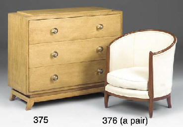 A PAIR OF FRENCH UPHOLSTERED O