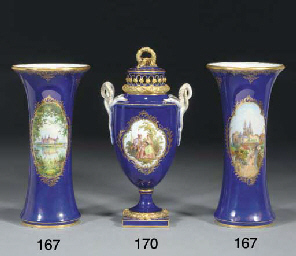 A pair of Meissen dark-blue gr