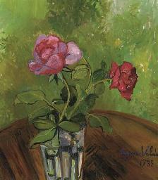 Deux roses dans un verre