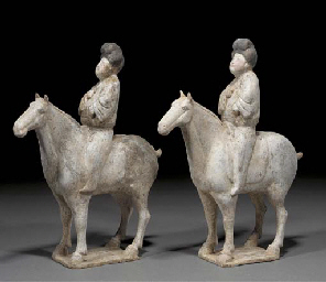 Two Chinese pottery models of