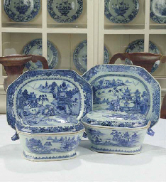 (5) Two chinese blue and white