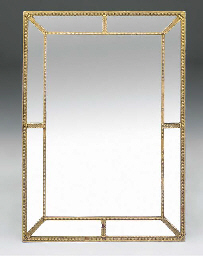 A GILTWOOD AND COMPOSITION MAR