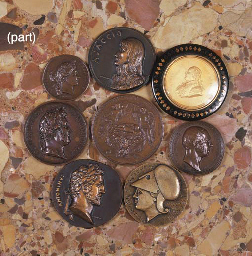 A COLLECTION OF FRENCH BRONZE