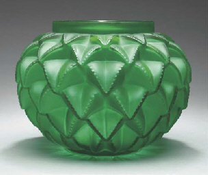 'LANGUEDOC', A GREEN GLASS VAS