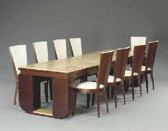 A ROSEWOOD DINING SUITE