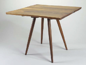 A SMALL WALNUT DINING TABLE