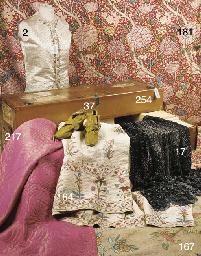 A Louis Vuitton Ideal trunk, o