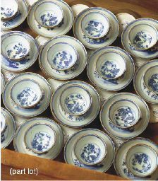 (60) A set of thirty blue and