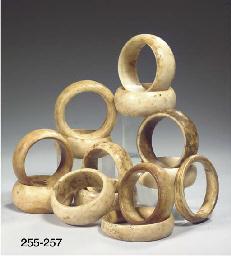 (4) four sumba tridacna shell