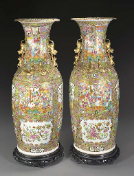 Pair of large Cantonese balust