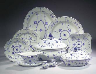 (63)A Royal Copenhagen porcela