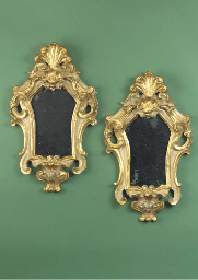 (2)  A pair of Italian giltwoo