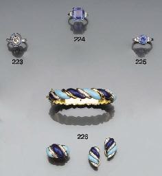 A sapphire single stone ring