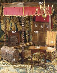 TABLE DE STYLE LOUIS XIII