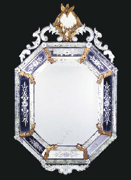 A VENETIAN CARVED GILTWOOD AND