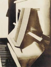 Piano, 1926