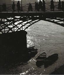 Le Pont des Arts, Paris, circa